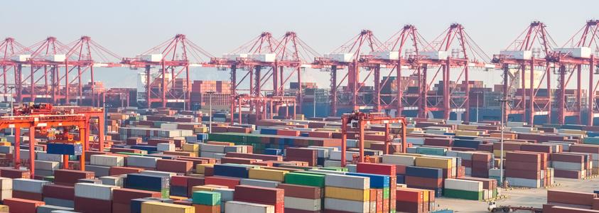 ChineseTariffs-ContainerYard