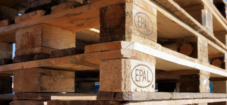 epros-cons-shipping-on-pallets